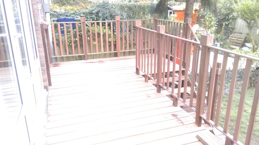 Hard houten balkon